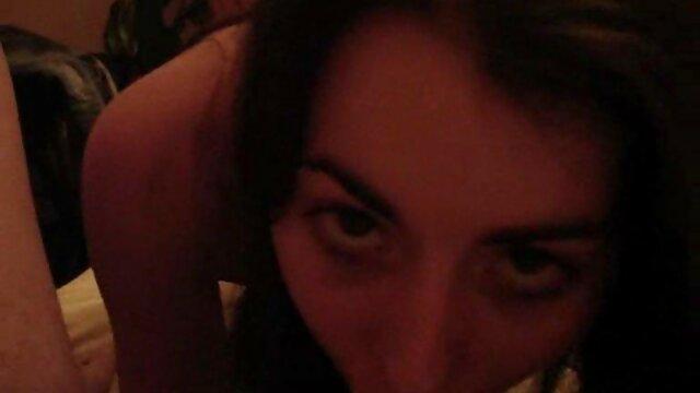 Mariskax loira filme de pornô português Boazona jentina pequena fodida por Dupla penetração